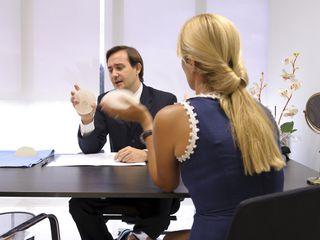 El Doctor Solesio asesorando a una paciente