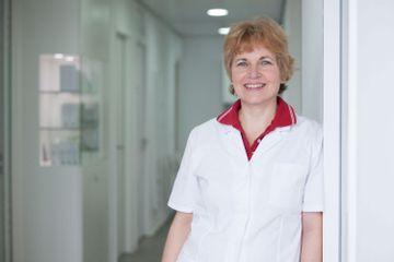 Dr Sabine Anders2