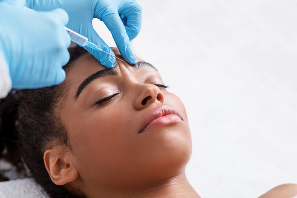 Botox lässt die Zornesfalte verschwinden