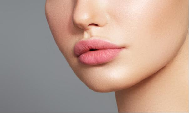 Sinnliche und volle Lippen
