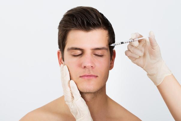 Botox ist die Wunderwaffe im Kampf gegen Stirnfalten