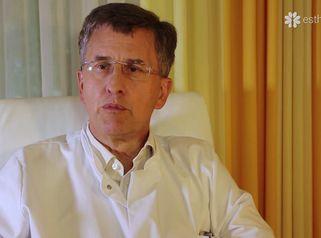 Wie wird eine Kapselfibrose nach Silikonimplantaten behandelt?