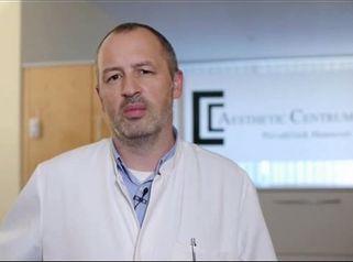 Brustvergrößerung durch Dr. Henning Becker, Aesthetic Clinic Med